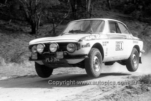71956 - Brian Mitchellmore - Alfa Romeo - KLG Rally 1971 - Photographer Lance J Ruting
