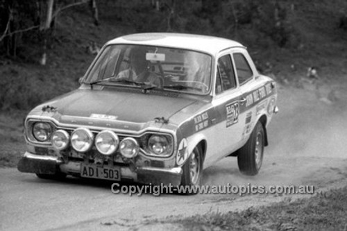 71960 - Bob Inglis, Ford Escort - KLG Rally 1971 - Photographer Lance J Ruting