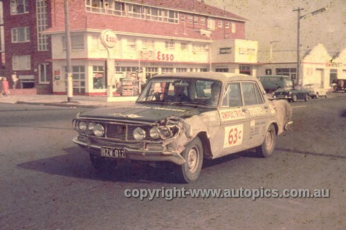 64978 - 1964 Ampol Trial - Toyota Crown - Photographer Ian Thorn