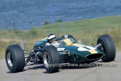 66627 - Jim Clark Lotus 39 - Tasman Series,  Lakeside 1966