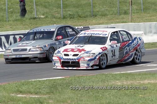98730 - Steven Richards / Matthew Neal, Nissan Primera & Rickard Rydell / Jim Richards Volvo S40 - AMP 1000 Bathurst 1998 - Photographer Marshall Cass