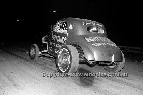 67956 - Surfers Paradise Drags 26th August 1967 - Photographer Lance J Ruting