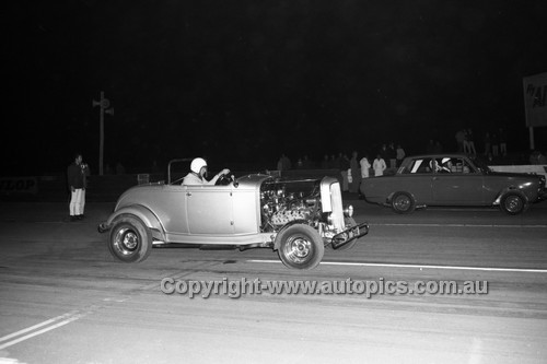 67939 - Surfers Paradise Drags 26th August 1967 - Photographer Lance J Ruting