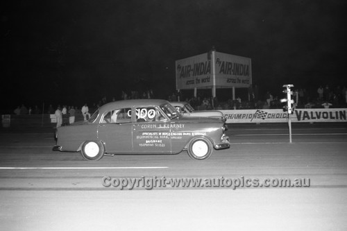 67929 - Surfers Paradise Drags 26th August 1967 - Photographer Lance J Ruting