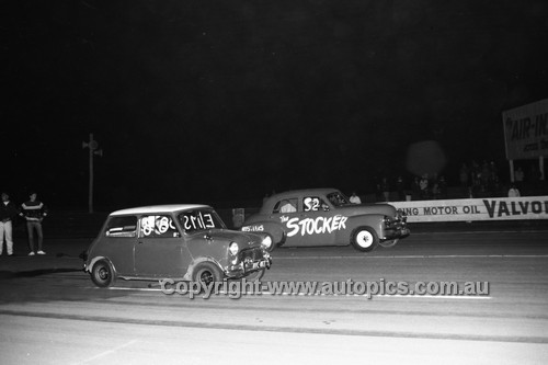 67928 - Surfers Paradise Drags 26th August 1967 - Photographer Lance J Ruting