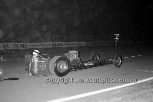 67925 - Surfers Paradise Drags 26th August 1967 - Photographer Lance J Ruting