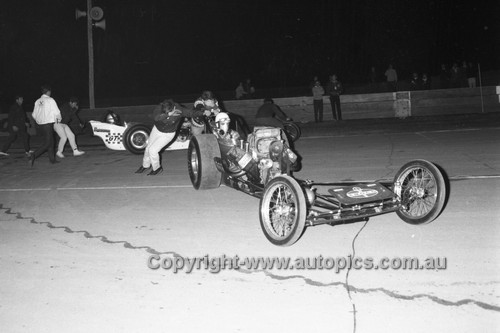 67924 - Surfers Paradise Drags 26th August 1967 - Photographer Lance J Ruting