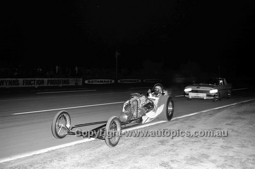 67923 - Surfers Paradise Drags 26th August 1967 - Photographer Lance J Ruting