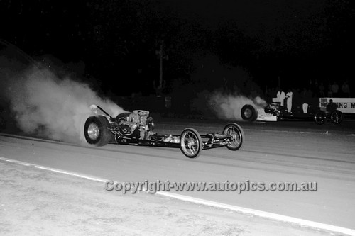 67922 - Surfers Paradise Drags 26th August 1967 - Photographer Lance J Ruting
