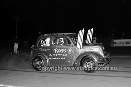 67902 - Peter Dykes - Surfers Paradise Drags 26th August 1967 - Photographer Lance J Ruting