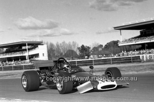 70943 - Niel Allen, McLaren M10B Chev. -  Warwick Farm 12th July 1970 - Photographer Lance J Ruting