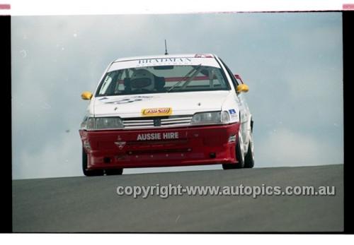 98875 - MIKE FITZGERALD / JENNI THOMPSON, PEUGEOT 405 - AMP 1000 Bathurst 1998 - Photographer Marshall Cass