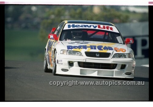 98873 - LEE BROOKES / ROBB GRAVETT, HONDA ACCORD - AMP 1000 Bathurst 1998 - Photographer Marshall Cass