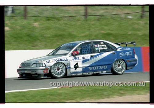 98870 - TIM HARVEY / JAN NILSSON, VOLVO S40 - AMP 1000 Bathurst 1998 - Photographer Marshall Cass