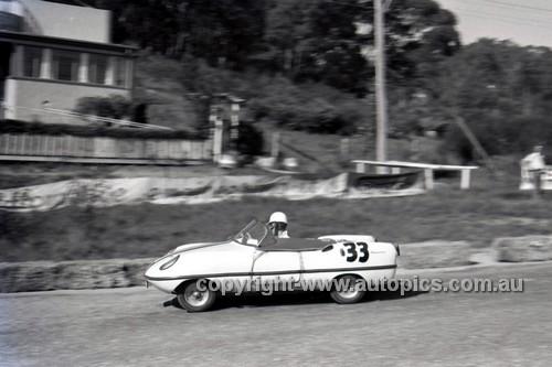 59122 -  R. S. Moore, Goggomobile Dart - Hepburn Springs  1959 - Photographer Peter D'Abbs