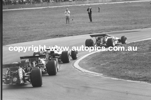 1st Lap Gold Star Race  -  Oran Park 1970