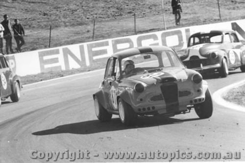 68014  -  G. Papworth  -   Austin Lancer - Oran Park 1968