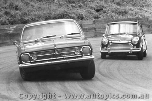 68018  -  HR Holden  -  Catalina Park Katoomba 1968