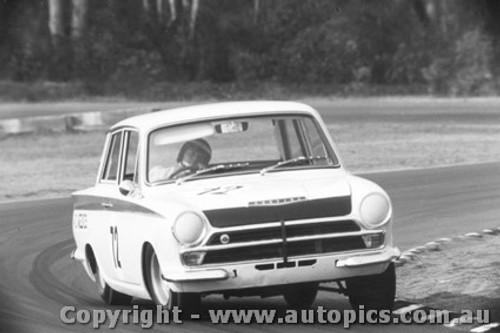 68024  -  David Weekes  -  Lotus Cortina - Warwick Farm 1968