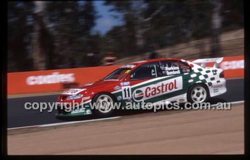 Bathurst 1000, 2002 - Photographer Marshall Cass - Code 02-B02-008