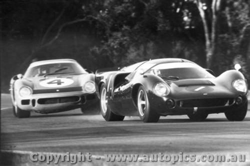 67417  -  Hawkins / Brown  -  Lola T70 MK3 Coupe / Ferrari 250LM  - Warwick Farm 1967