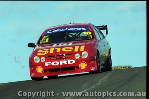 Bathurst FIA 1000 15th November 1999 - Photographer Marshall Cass - Code MC-B99-1013