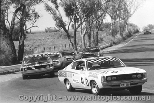 71716  -  Six  Chargers  -  Valiant Charger  Bathurst  1971