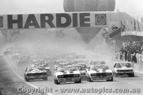 78701  -  The Start of the 1978  Bathurst
