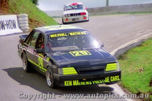 87715  -  Mulvihill / Mathews    Bathurst 1987  Commodore VK