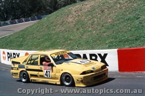 88706  -  Mulvihill / Mathews    Bathurst 1988  Commodore VL