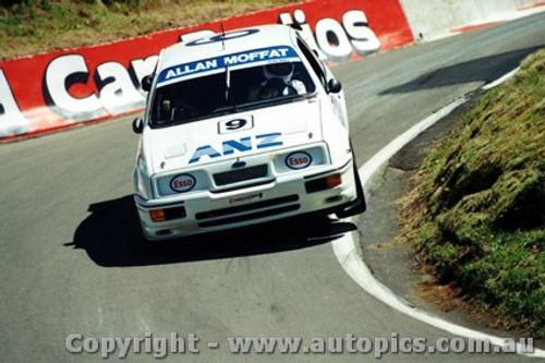 89705  -  A. Moffat / G. Hansford   Bathurst 1989  Ford Sierra RS500