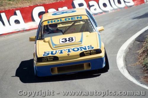 89713  -  Mulvihill / Mathews   Bathurst 1989  Commodore VL