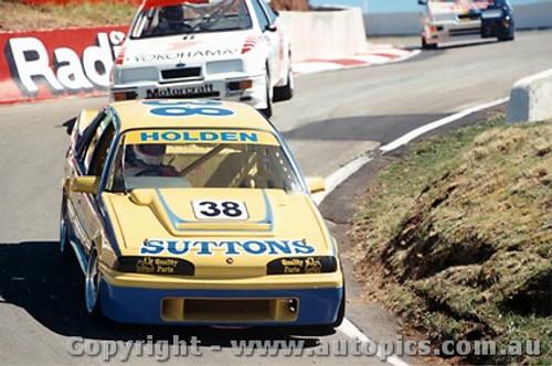 89714  -  Mulvihill / Mathews   Bathurst 1989  Commodore VL