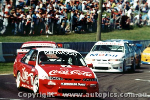 95702  -  W. Gardner / N. Campton    Bathurst 1995  3rd Outright  Holden Commodore VR
