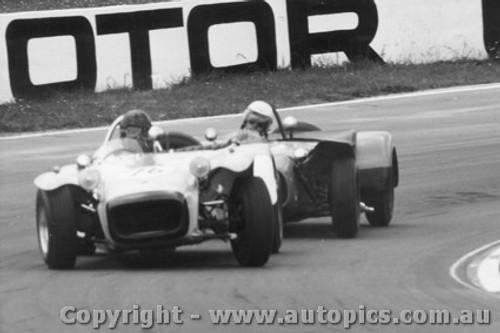 67427 - Stan Pinkerton Lotus Super 7 ahead of Peter Wilson Oran Park 1967