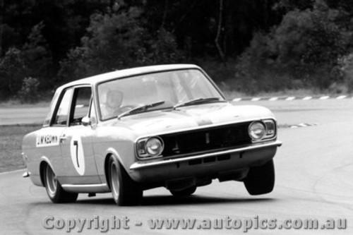 68033 - Jim McKeown Lotus Cortina Warwick Farm 1968