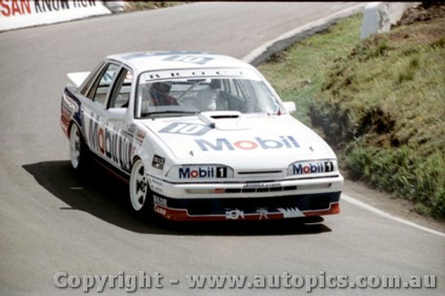 87718 -  Brock / Parsons / McLeod  -  Bathurst 1987 - 1st Outright -  Commodore VL