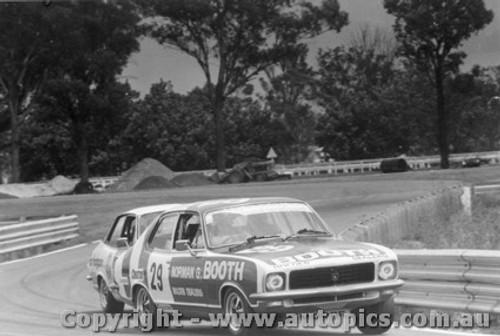 72019 - G Moore Holden Torana XU1 Warwick Farm 1972