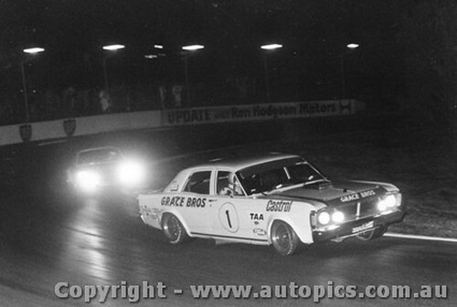 72015 - Ian  Pete  Geoghegan Super Falcon  Oran Park Night Meeting 1972
