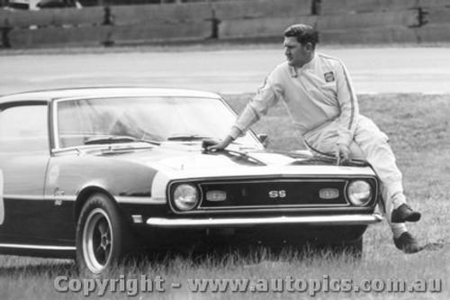 68039 - Norm Beechey Chev Camaro - Warwick Farm 1968