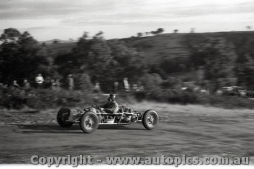Rob Roy HillClimb 1959 - Photographer Peter D'Abbs - Code 599135