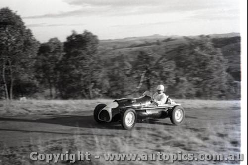 Rob Roy HillClimb 1959 - Photographer Peter D'Abbs - Code 599142