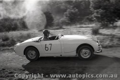 Rob Roy HillClimb 1959 - Photographer Peter D'Abbs - Code 599143