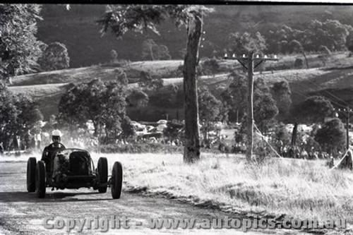Rob Roy HillClimb 1959 - Photographer Peter D'Abbs - Code 599148