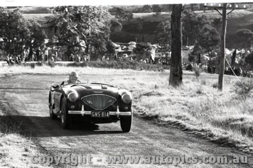 Rob Roy HillClimb 1959 - Photographer Peter D'Abbs - Code 599152