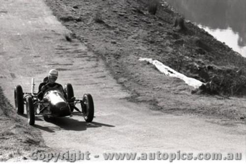Rob Roy HillClimb 1959 - Photographer Peter D'Abbs - Code 599156