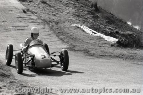 Rob Roy HillClimb 1959 - Photographer Peter D'Abbs - Code 599162