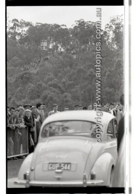 Rob Roy HillClimb 10th August 1958 - Photographer Peter D'Abbs - Code RR1658-129
