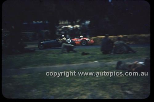 Albert Park 1956 - Photographer Peter D'Abbs - Code 56-AP-021