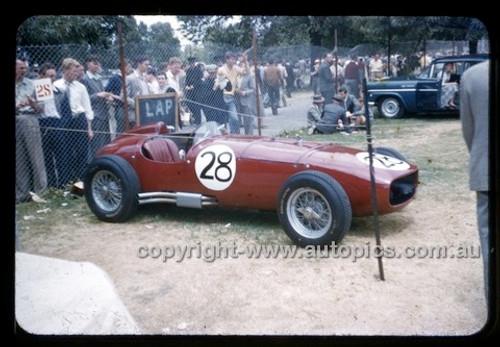 Albert Park 1956 - Photographer Peter D'Abbs - Code 56-AP-024